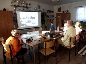 Wychowankowie PWD w Pękaninie poznają postać Józefa Piłsudskiego