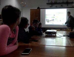"""""""W magicznym świecie wody"""" - lekcja biblioteczna z wychowankami PWD Pękanino"""