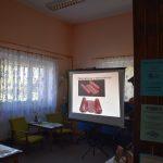 Wychowankowie PWD z Niemicy odwiedzają bibliotekę w Malechowie