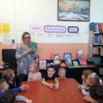 Lekcja biblioteczna w Niemicy Dzień Pluszowego Misia