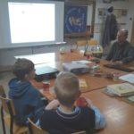 Międzynarodowy Dzień Kubusia Puchatka w bibliotece w Pękaninie